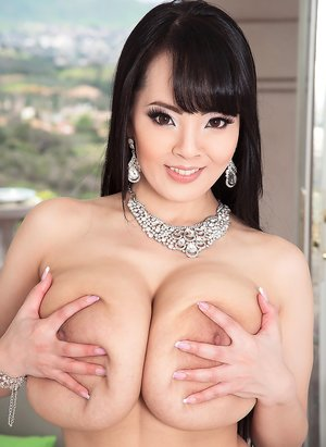 Asian Huge Tits Pictures