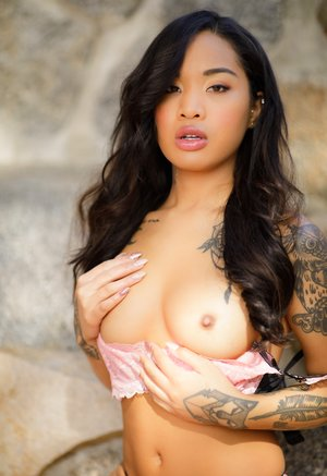Asian Beauty Pictures